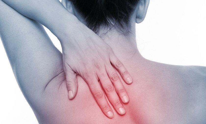 Zesztywniające zapalenie stawów kręgosłupa to choroba, która atakuje młode osoby. Większość pacjentów nie ma jeszcze 40 lat