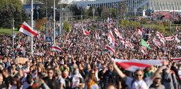 Tysiące ludzi na białoruskich ulicach. Są kolejne zatrzymania