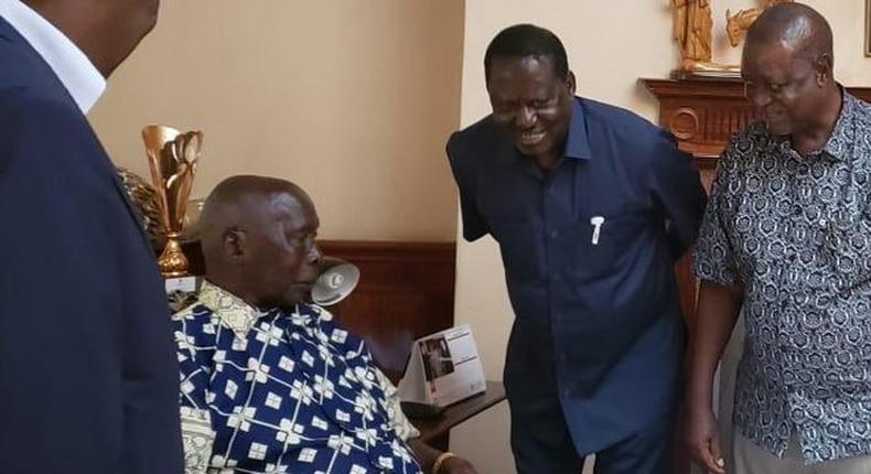 Former PM Raila Odinga when he visited Mzee Moi in Kabarak on May 5, 2019. Moi still at Nairobi Hospital, doctors recommend further stay to build strength