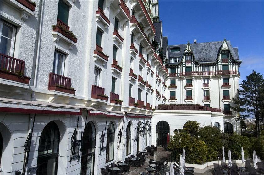 """Hotel """"Hermitage Barriere"""" - to tu zatrzymali się polscy piłkarze"""