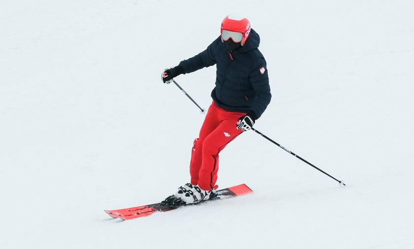 Prezydent RP Andrzej Duda wybral sie na narty na stok Cienkow w Wisle