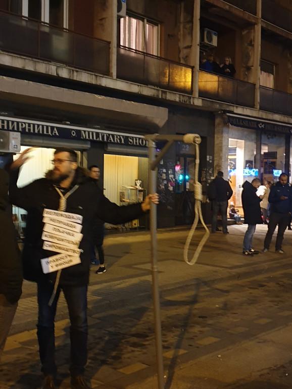 Srđan Nogo na protestu