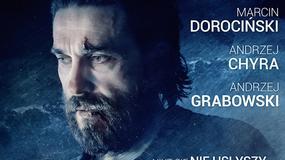 """Zarośnięty """"bedgaj"""" Marcin Dorociński na plakacie filmu """"Na granicy"""""""