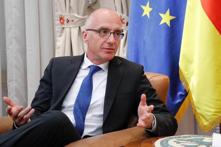 Nenad Popović, Tomas Šib