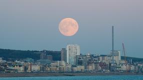 Całkowite zaćmienie Księżyca 2015 na żywo