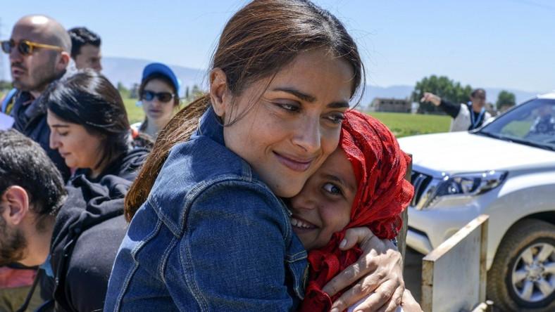 """Przy okazji promocji swojego najnowszego filmu - """"Prorok"""" - aktorka pojawiła się w Libanie i odwiedziła tamtejszy obóz dla uchodźców z Syrii."""