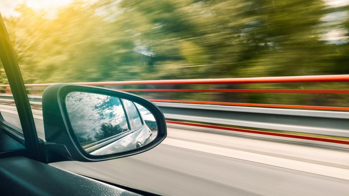 Szavazzon: Engedné-e az időseket vezetni?