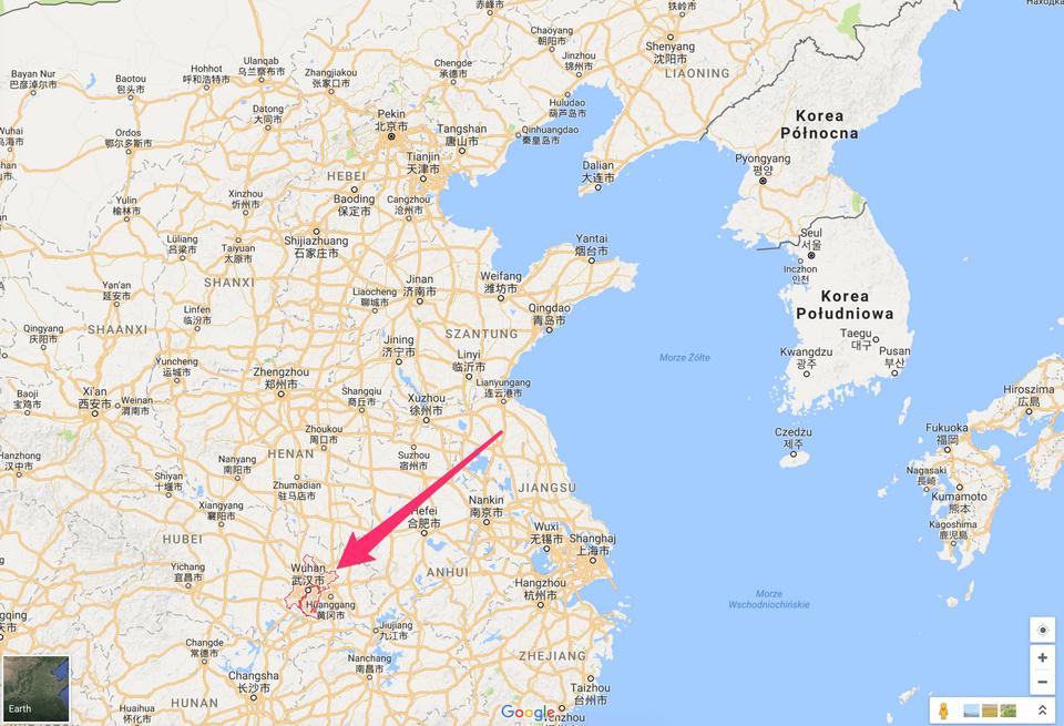 W Wuhan mieszka ponad 10 mln ludzi. Miasto leży nad rzeką Jangcy i uznawane jest za gospodarczą oraz kulturalną stolicę środkowych Chin.