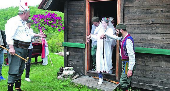 Svadba po srpskim običajima