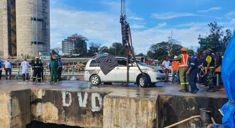 Bodies of Mariam Kighenda and daughter Amanda Mutheu retrieved from their car that plunged from Likoni ferry, 13 days later