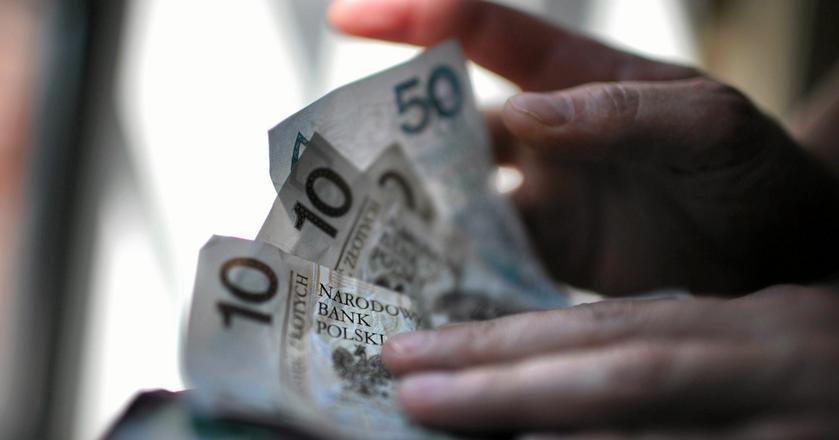 Od 1 stycznia 2017 r. obowiązuje wyższa płaca minimalna - 2 tys. zł brutto