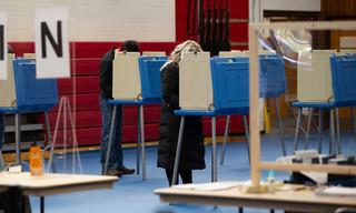 """USA: Protesty przeciwko """"kradzieży głosów"""" w wyborach, doszło do zatrzymań"""