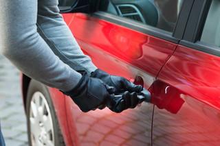 Jakie obowiązki ma właściciel po kradzieży auta