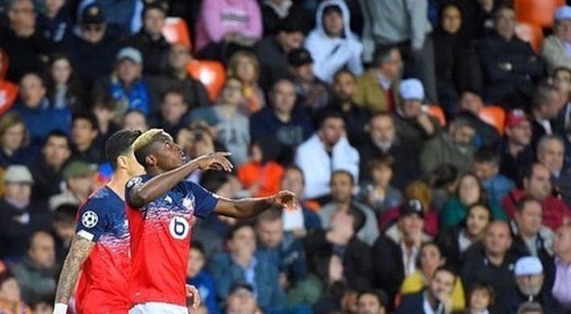 Nigerian Players Abroad: Osimhen scores first away goal for Lille while Peter Olayinka troubles Barcelona