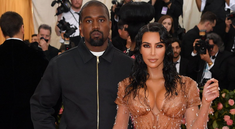 Kanye West calls out wife Kim Kardashian in bizzare Twitter rants