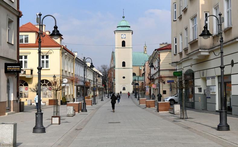 Opustoszałe centrum Rzeszowa