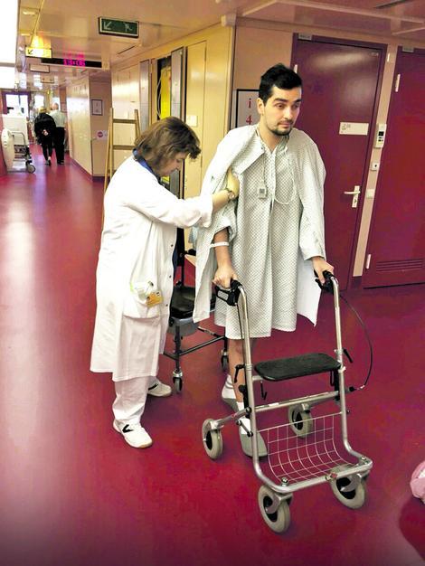 Miloš u bečkoj bolnici dok je čekao na novo srce