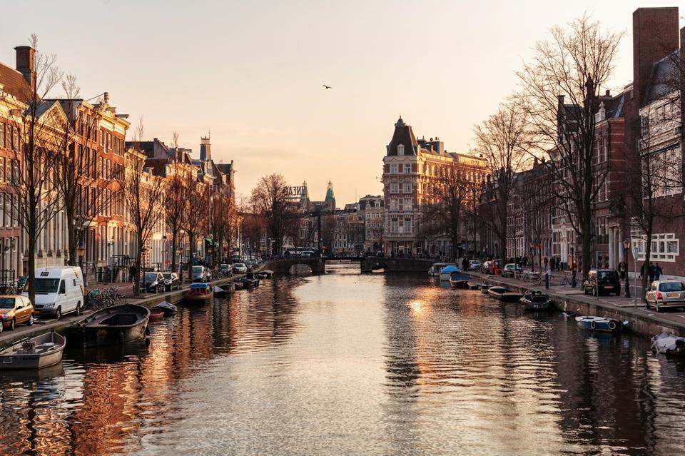 """6. Holandia. Można ją nazwać """"europejską Kanadą"""" - pod względem profilu szczęśliwości mieszkańców, państwa te są bardzo do siebie podobne."""