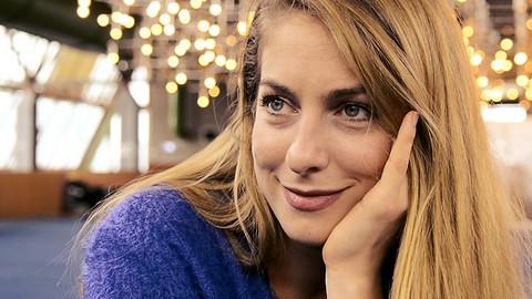 Naša glumica dobila ćerku sa KOLEGOM, dali su joj NEOBIČNO ime, a onda se zaljubila u tenisera!