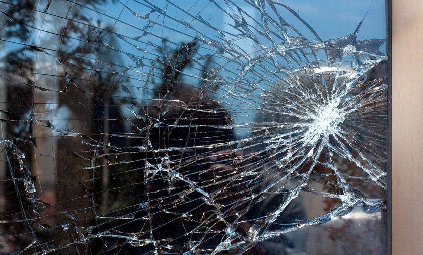 Ostrzelano mieszkanie opolskiej wolontariuszki TOZ-u