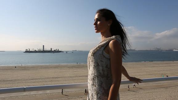 Vera Mešterović, nekadašnja Mis Makedonije u spotu grupe Galija