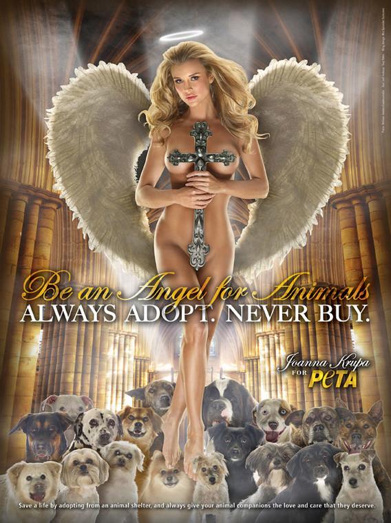 Joanna Krupa obraziła katolików nagością