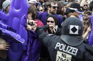 W Hamburgu trwają starcia. Melania Trump nie może opuścić hotelu