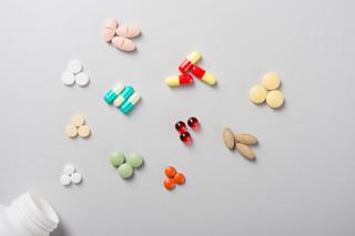 Fałszywe leki i suplementy. W składzie trutka na szczury lub pasta do podłogi