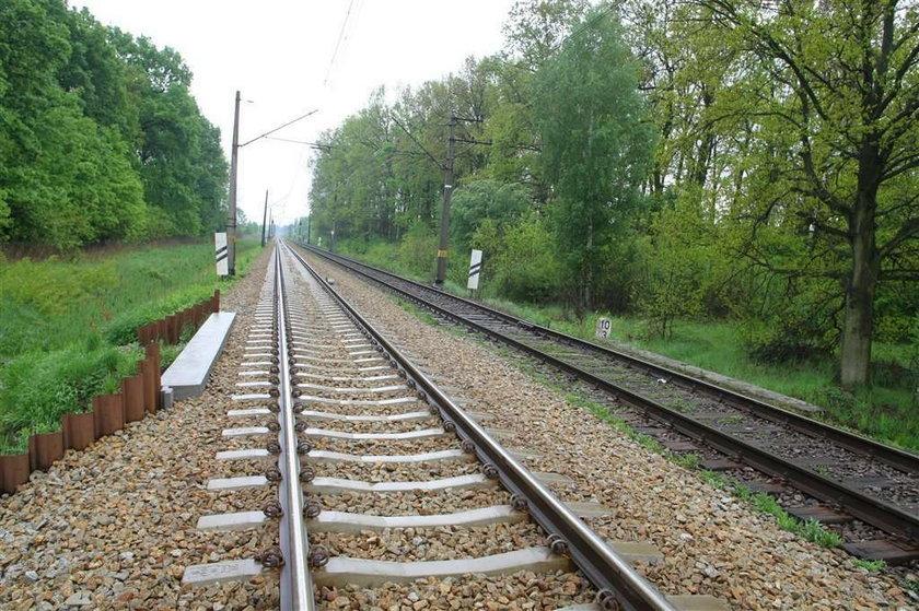 Zagadkowa śmierć słynnego biznesmena/ Pod pociągiem