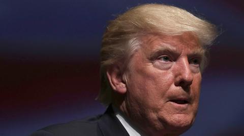 New York Times twierdzi, że Trump chciał od szefa FBI, by ten zamknął śledztwo w sprawie kontaktów jego doradcy z Rosjanami
