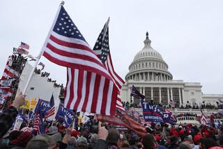 Wieczni obcy w USA. Kłopotliwy status mniejszości azjatyckiego pochodzenia
