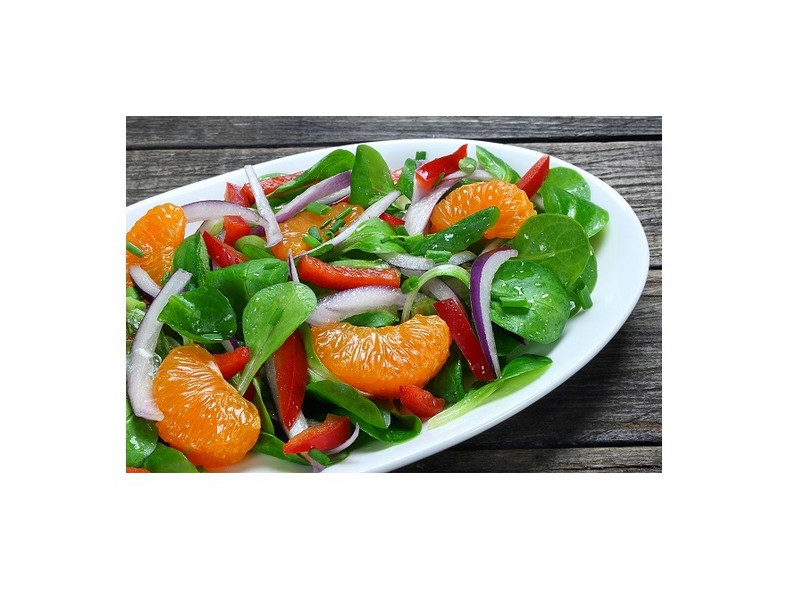 Sałatka z roszponką i mandarynkami