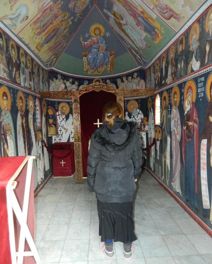 557812_manastir-crkva-otvorena-uvek-za-molitvu-foto-slavko-surla