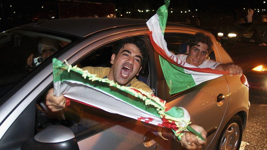 Irańscy kibice (zdjęcie ilustracyjne)