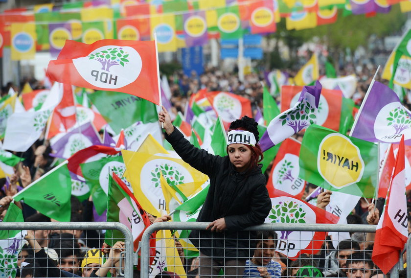 Supporters of Turkey's pro-Kurdish opposition Peoples' Democratic Party gather during a rally for th