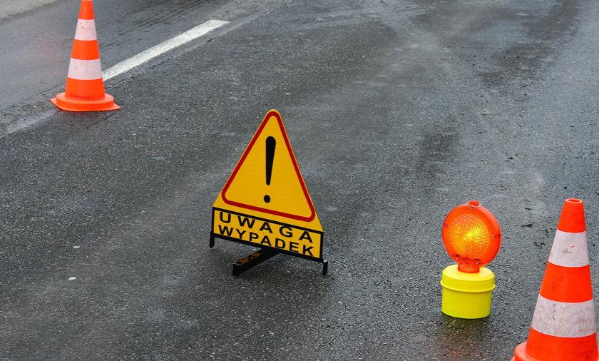 Wypadkowy wtorek na Podlasiu. Zginął kierowca ciężarówki