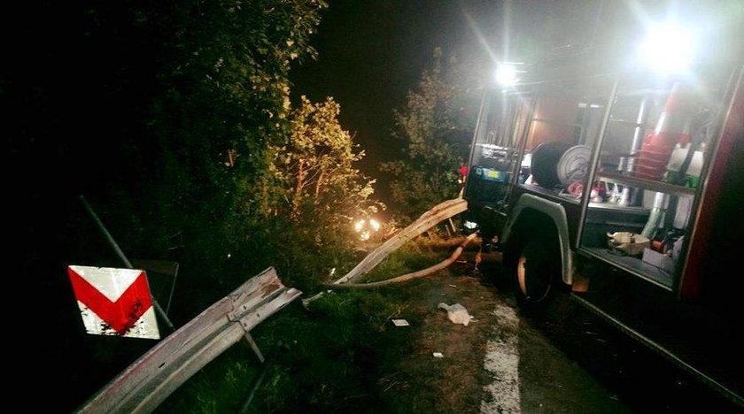 Tragedia na Podkarpaciu. Autokar spadł w przepaść. Są ofiary i ranni