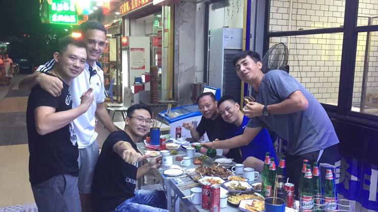 Uroš Vasiljević u Šenženu sa prijateljima iz Kine