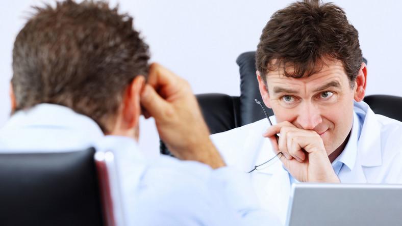 Lekarze nie umieją rozmawiać o chorobie - wytyka Rzecznik Praw Pacjenta