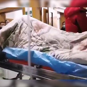 JEZIVI TRZAJI Ovo nije scena iz horor filma, ovako izgleda koronavirus NA DELU (VIDEO)