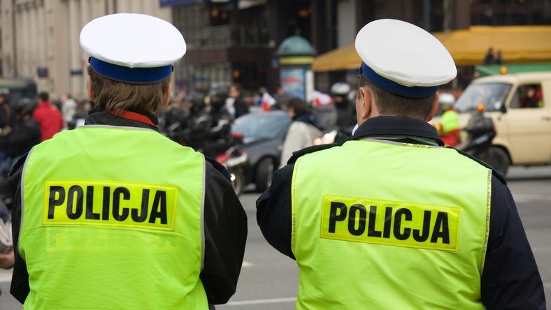 Tzw. ustawa dezubekizacyjna od 1 października objęła kilkadziesiąt tysięcy byłych funkcjonariuszy