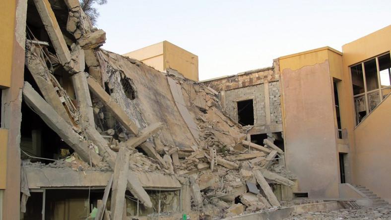 Naloty na Trypolis. Koalicja wykurza Kadafiego