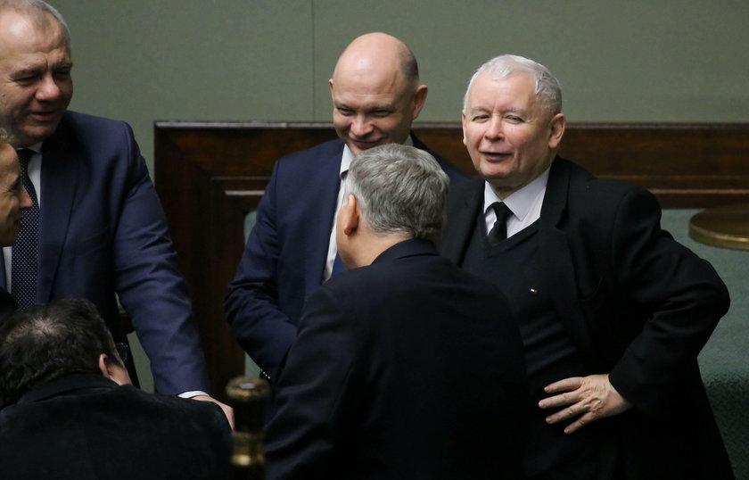 """""""Aniołki"""" prezesa NBP stracą pracę?"""