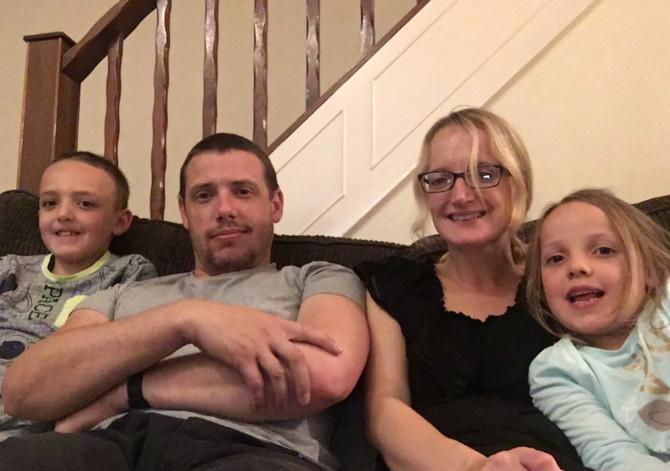 Trejsi sa porodicom