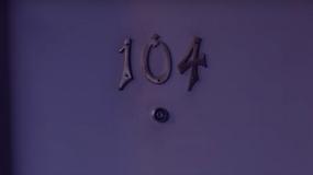 "Zwiastun komedii ""Room 104"""
