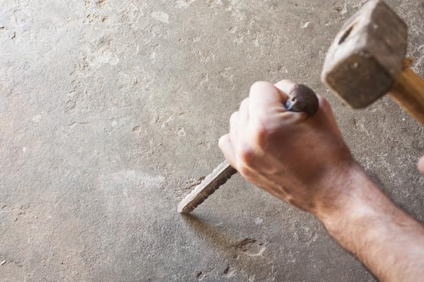 Decyzję o nakazie rozbiórki wydaje powiatowy lub wojewódzki inspektor nadzoru budowlanego