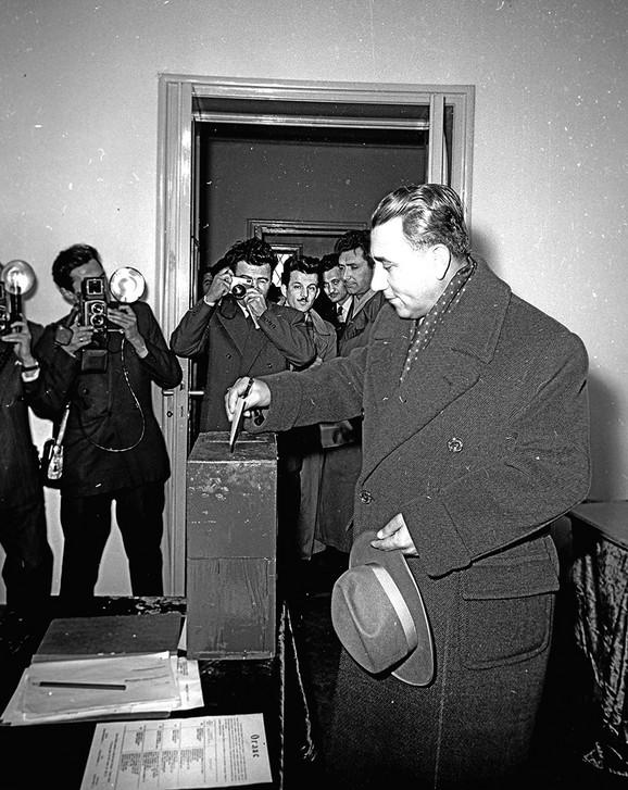 Na glasanju, 1958.