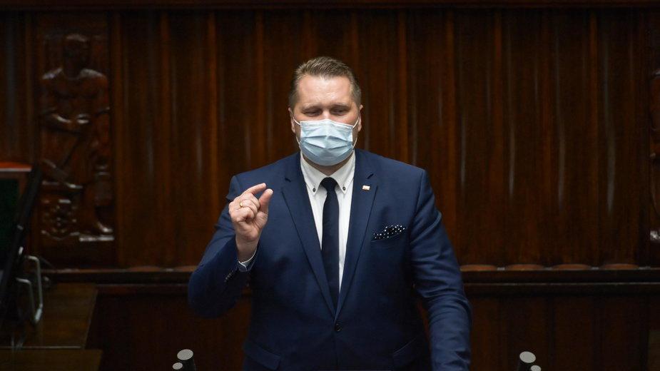 Minister Czarnek: Platforma ma obsesję na punkcie edukacji seksualnej. Wara od naszych dzieci