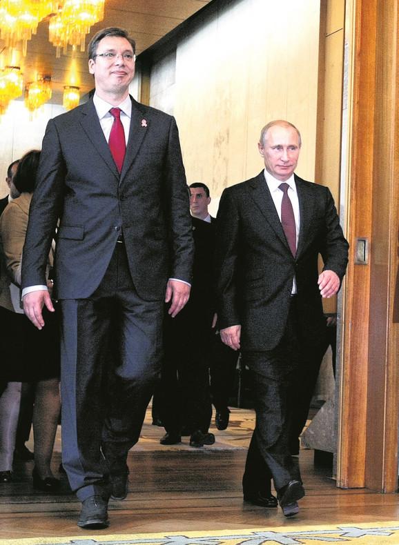 Ovo je svojevrstan klinč Rusije i SAD i njihova borba za dominaciju na ovim prostorima: Putin sa Vučićem prilikom prošle posete Srbiji