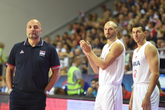 Aleksandar Đorđević sa igračima